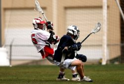 How To Play Defense in Lacrosse (10 Best Defensive Drills)
