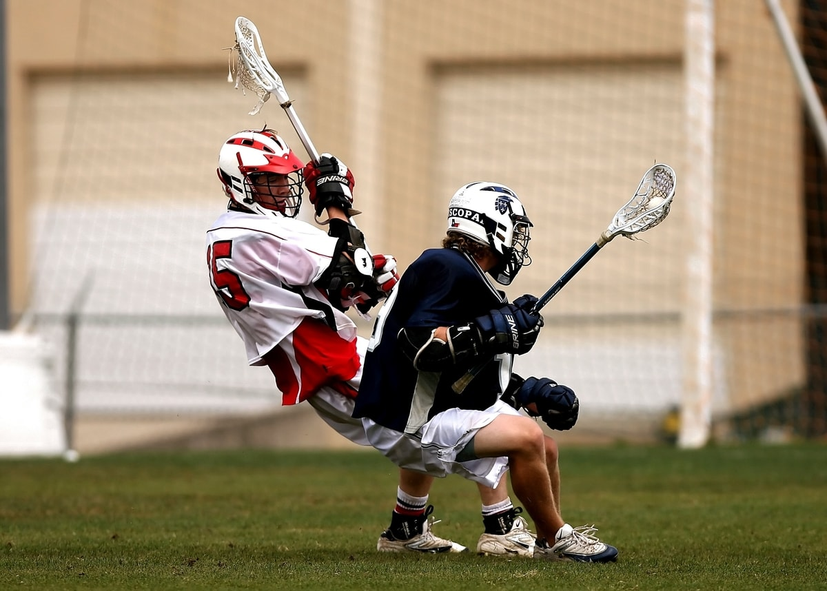 how to play defense in lacrosse